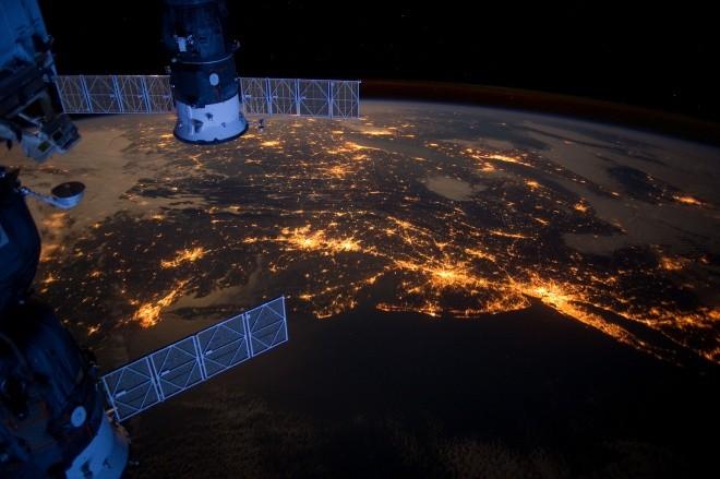 NASA PACK 1 Expeditions 30-42 Sample